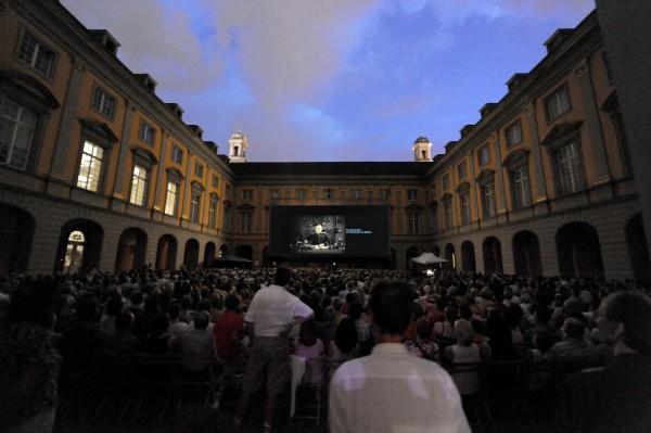 Vollbesetzter Arkadenhof bei den 28. Internationalen Stummfilmtagen 2012 Foto: Thilo Beu, Bonn