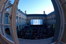 Arkadenhof während der Internationalen Stummfilmtage_Foto: Salah Nassan, Bonn 2016