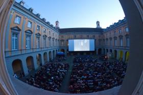 Blick in den Arkadenhof während der Internationalen Stummfilmtage 2016_Foto: Salah Nassan, Bonn